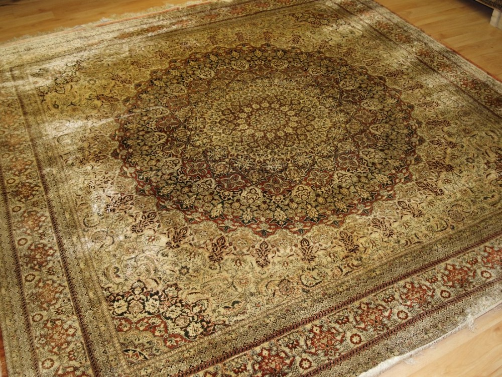 fine silk rug in turkish hereke style very detailed design square shape perfect condition