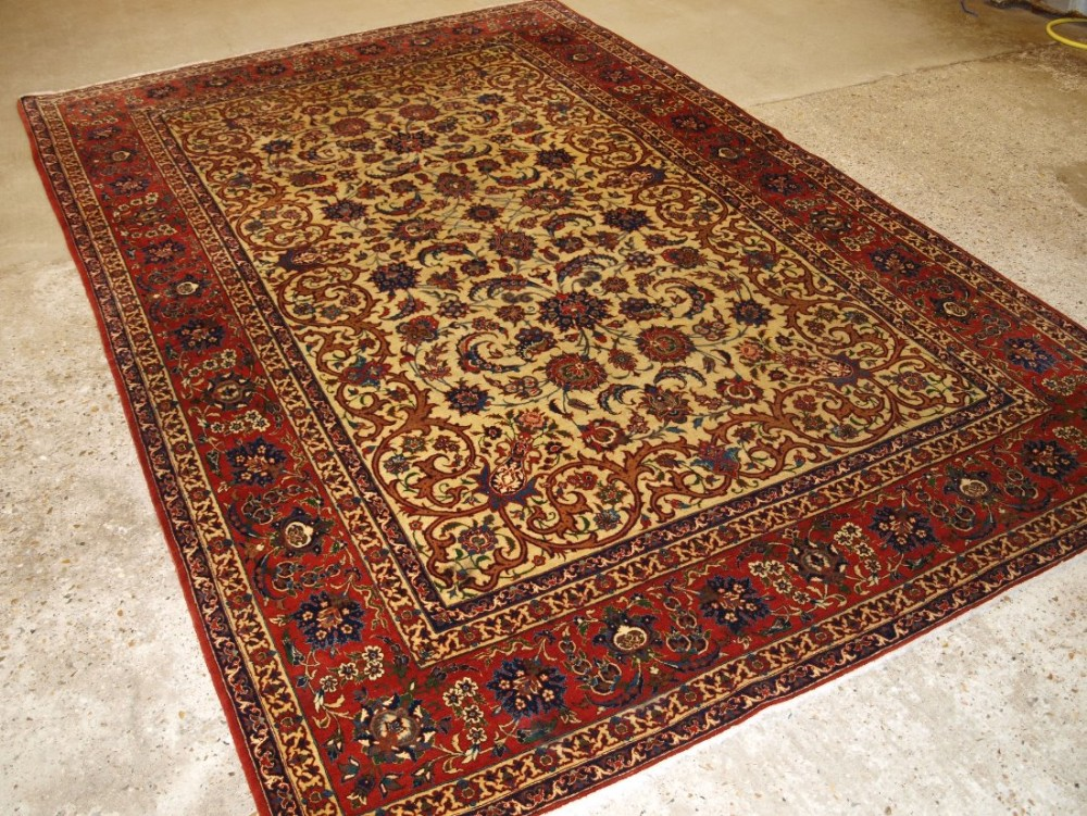 old persian isfahan carpet superb design very fine weave perfect condition 50 years old
