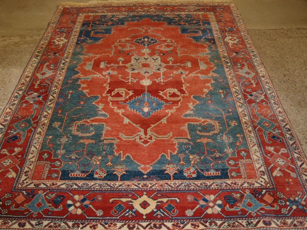 persian heriz serapi design carpet high quality modern turkish production superb colour about 10 years old
