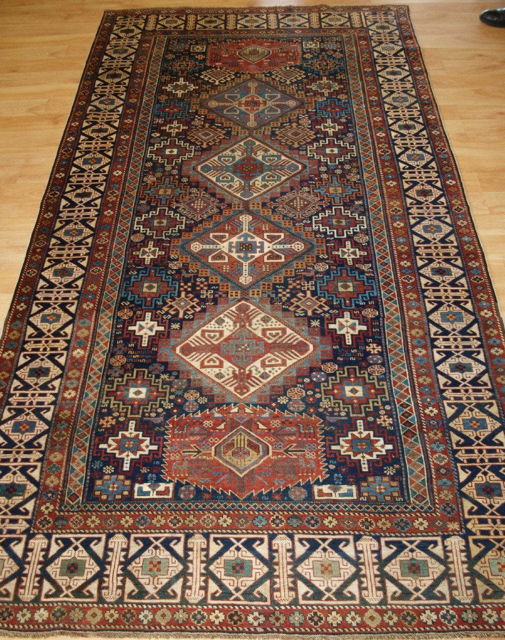 antique caucasian shirvan rug superb design with kufic border circa 1880