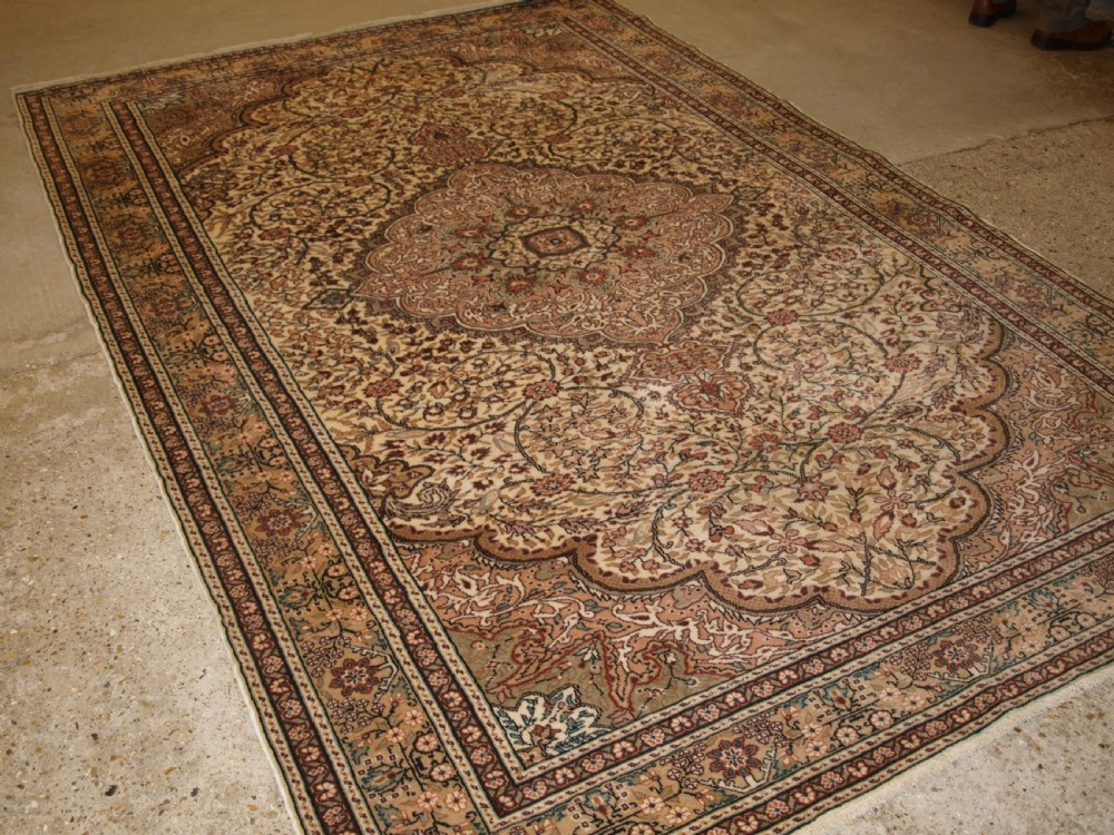 old turkish kayseri carpet with large medallion design great condition circa 1920