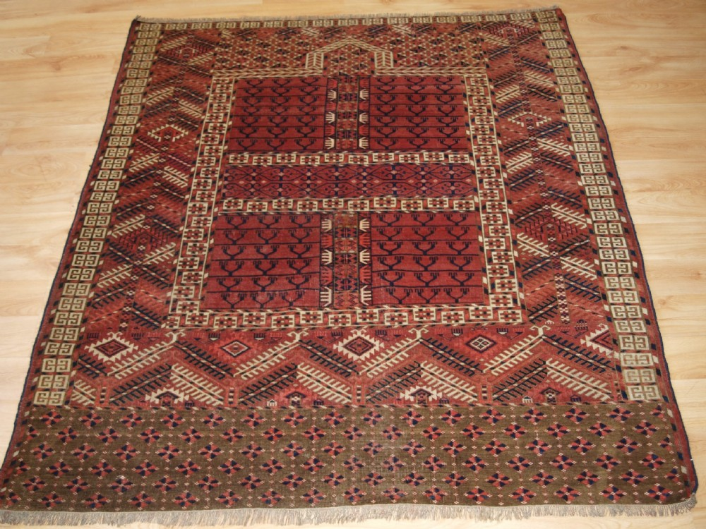 antique tekke turkmen ensi well drawn with good colour late 19th century