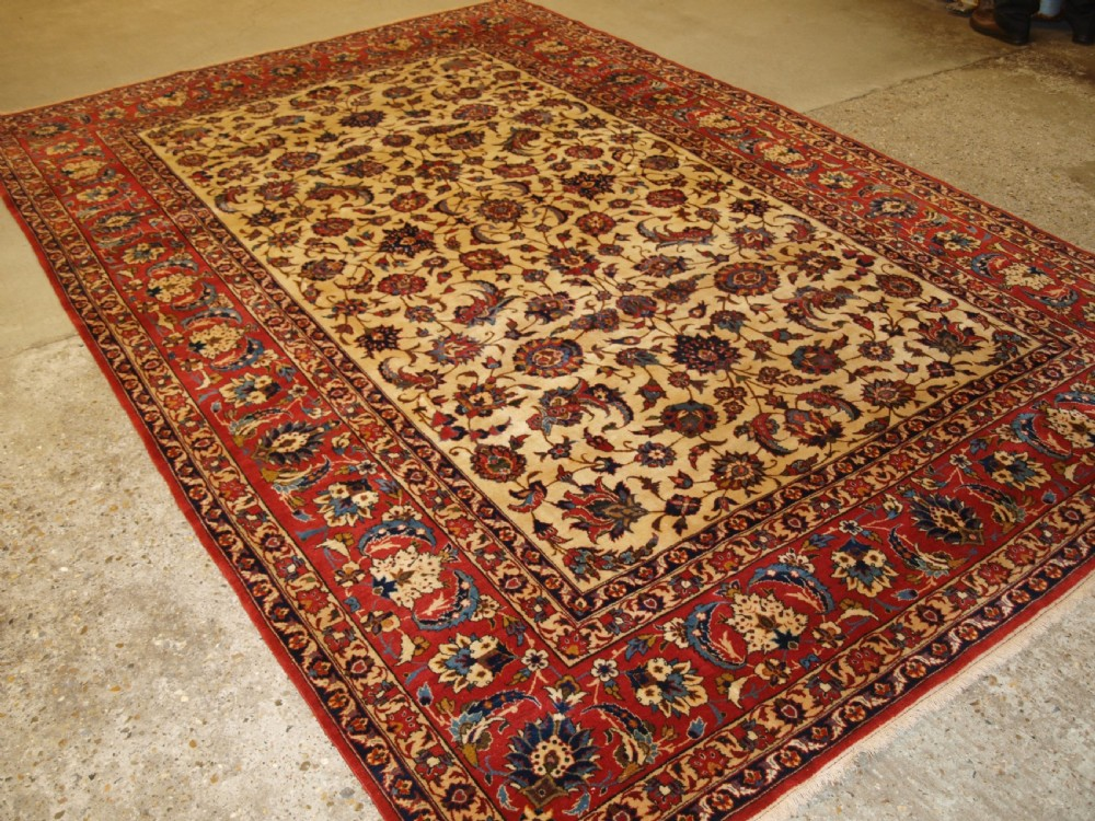 old isfahan carpet fine weave with traditional design circa 192030