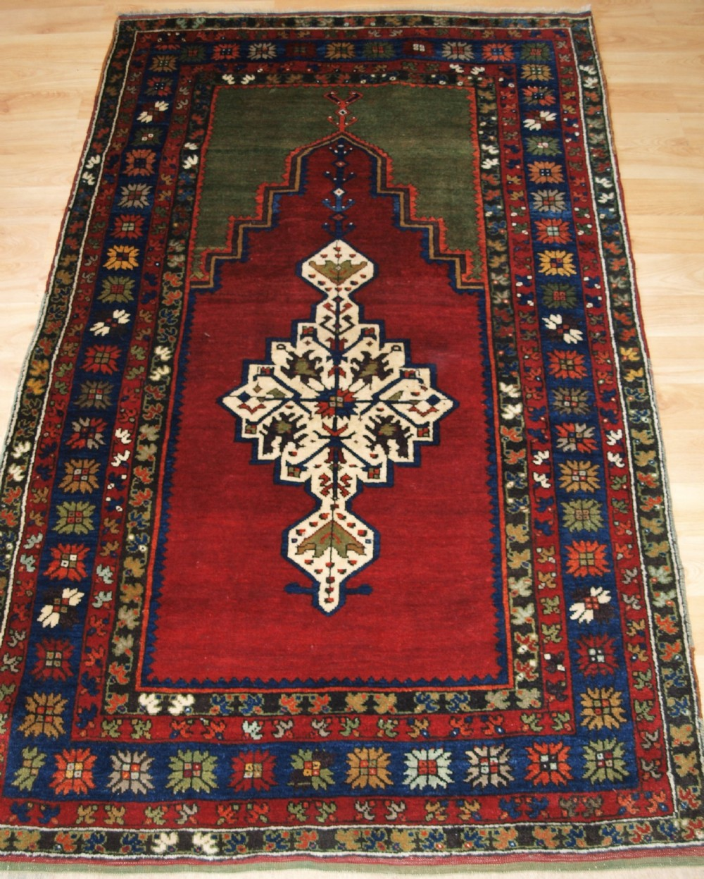 antique turkish prayer rug isiklar village konya region circa 1900