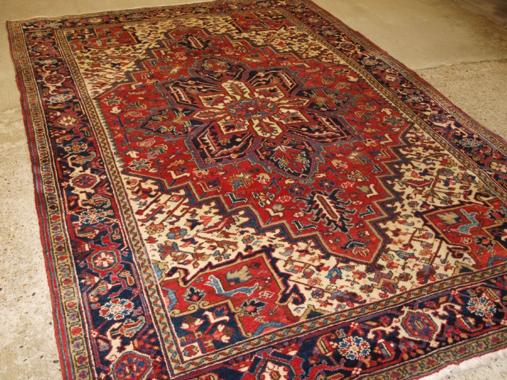 antique heriz carpet small room size great condition circa 190020